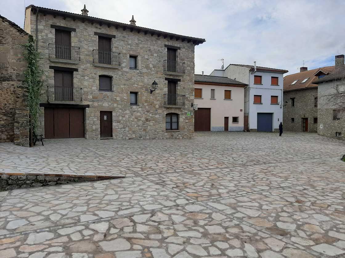 Plaza-L-Aurora
